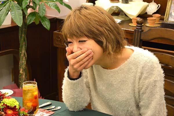 シオリ笑顔01_loversleap
