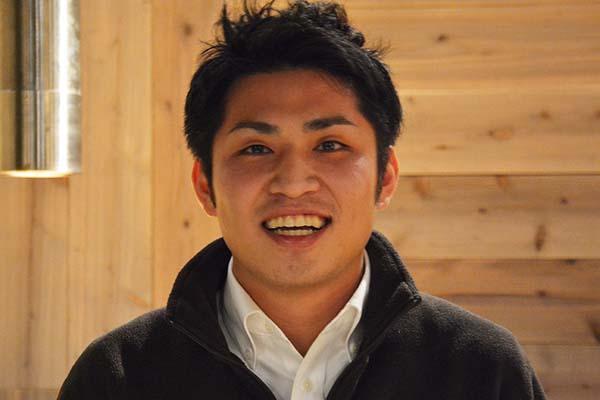 牛屋HikoBer_カウンターの男02
